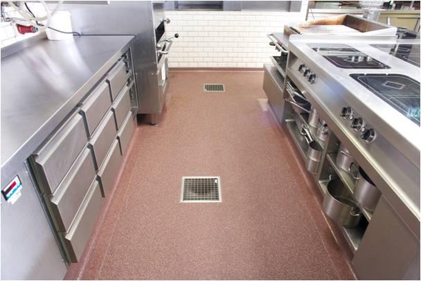Wasserdichter Küchenboden - Ein fugenloser Küchenboden für das [m ...
